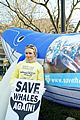 hayden panettiere save the whales again 01