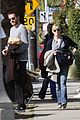 jake gyllenhaal reese witherspoon help the homeless 02