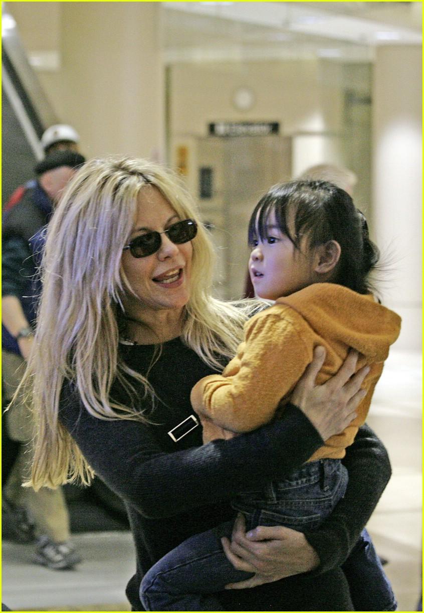 Meg Ryan is a Jet Setter : Photo 835191 | Celebrity Babies ...