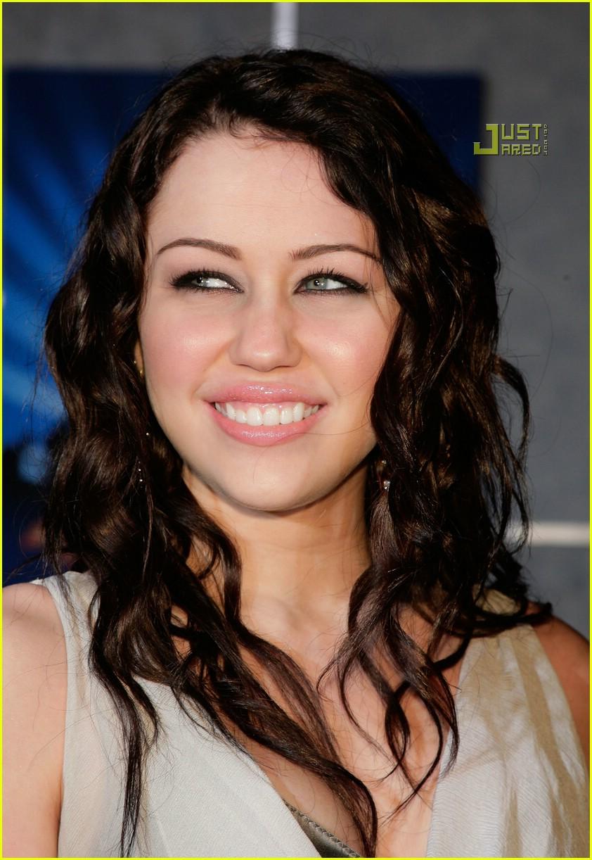 Miley Cyrus Hannah Montana Premiere Photo 864351 Miley Cyrus
