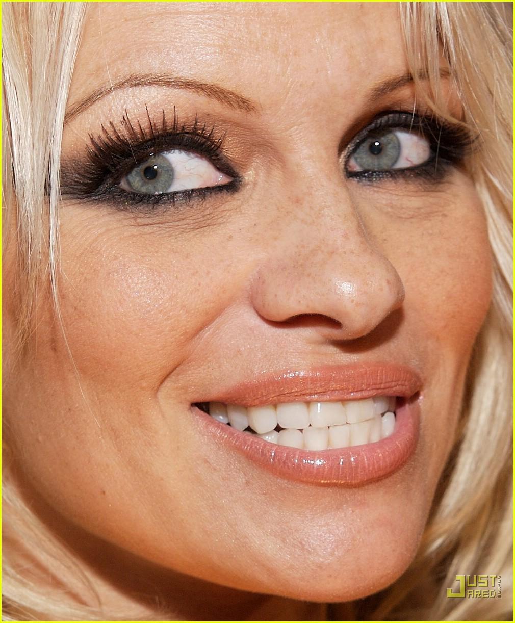 Pam Andersons Friday Night Fun Photo 872091 Pamela Anderson