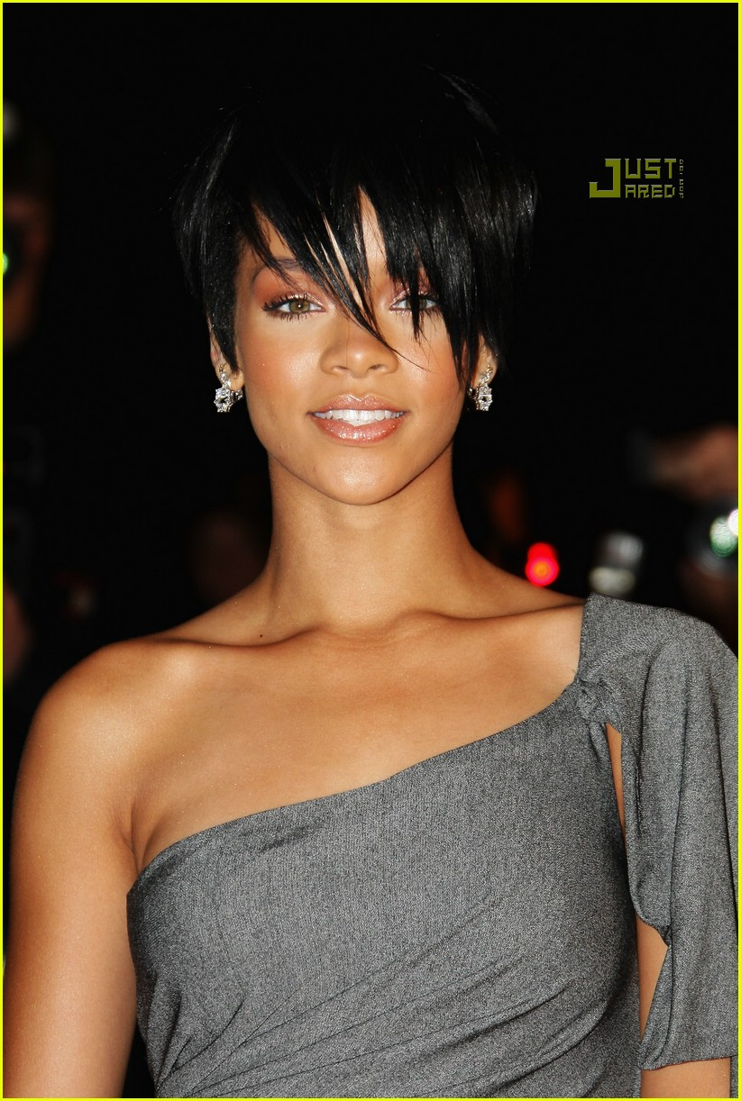 Rihanna Has Super Short Hair Photo 884271 Rihanna Pictures Just