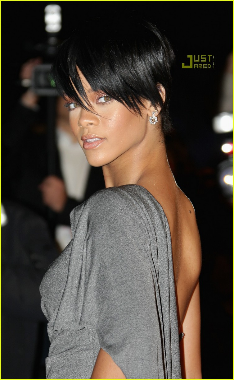 rihanna super short hair 05
