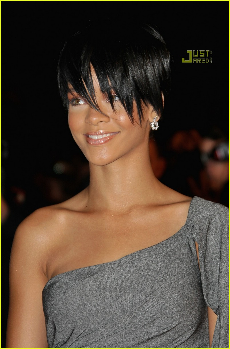 rihanna super short hair 18