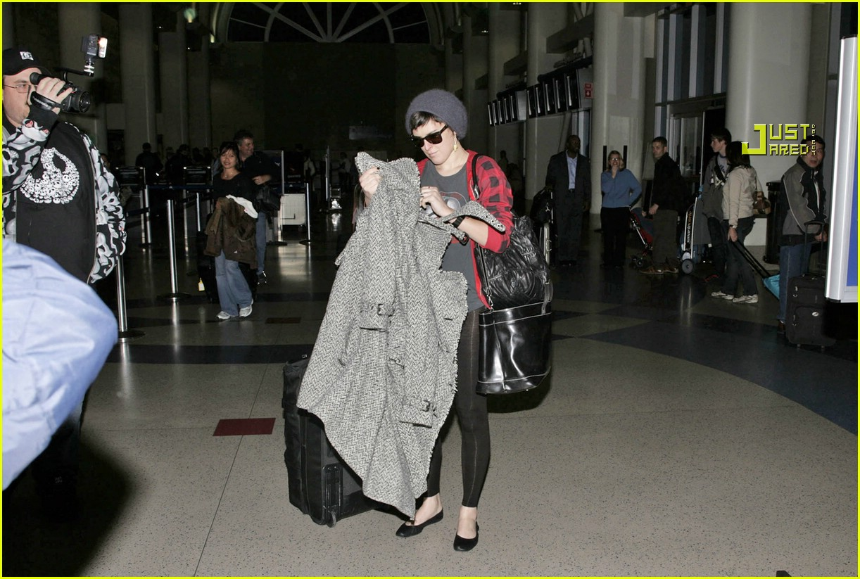 rumer willis airport 13