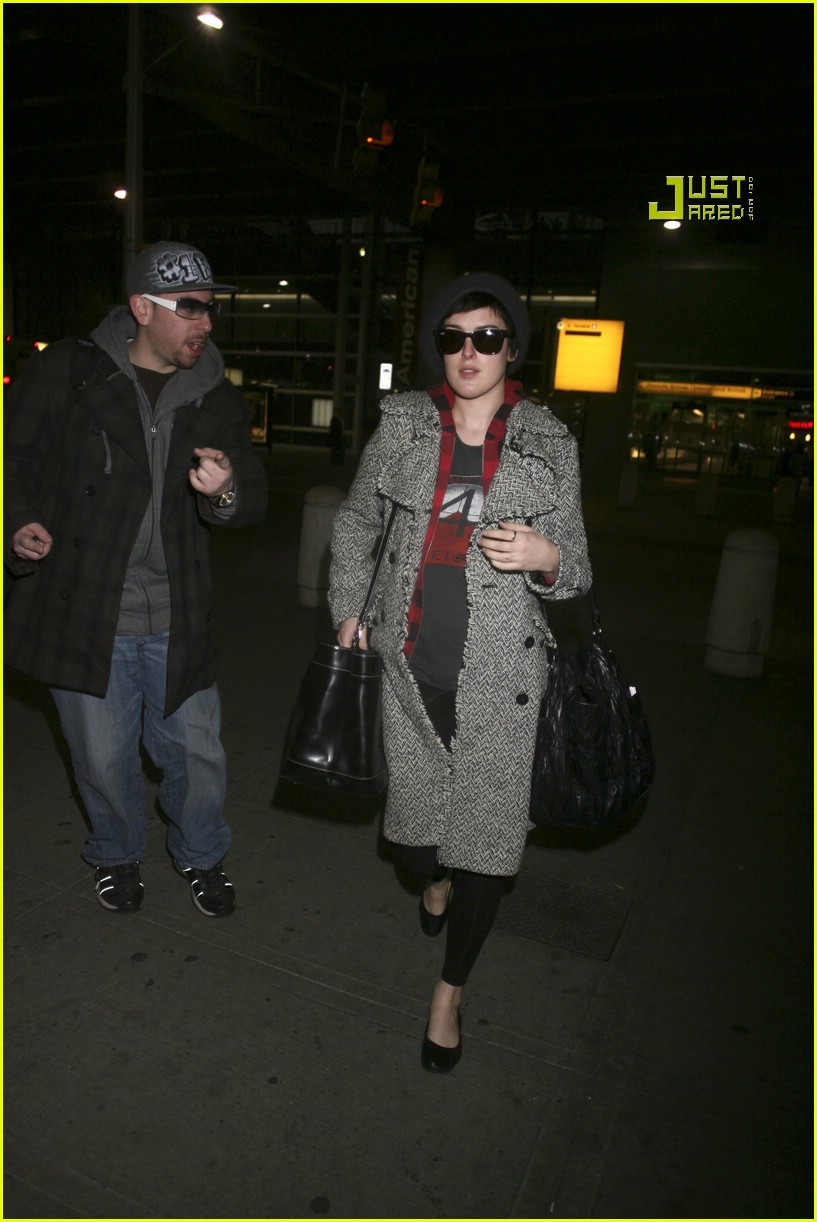 rumer willis airport 14