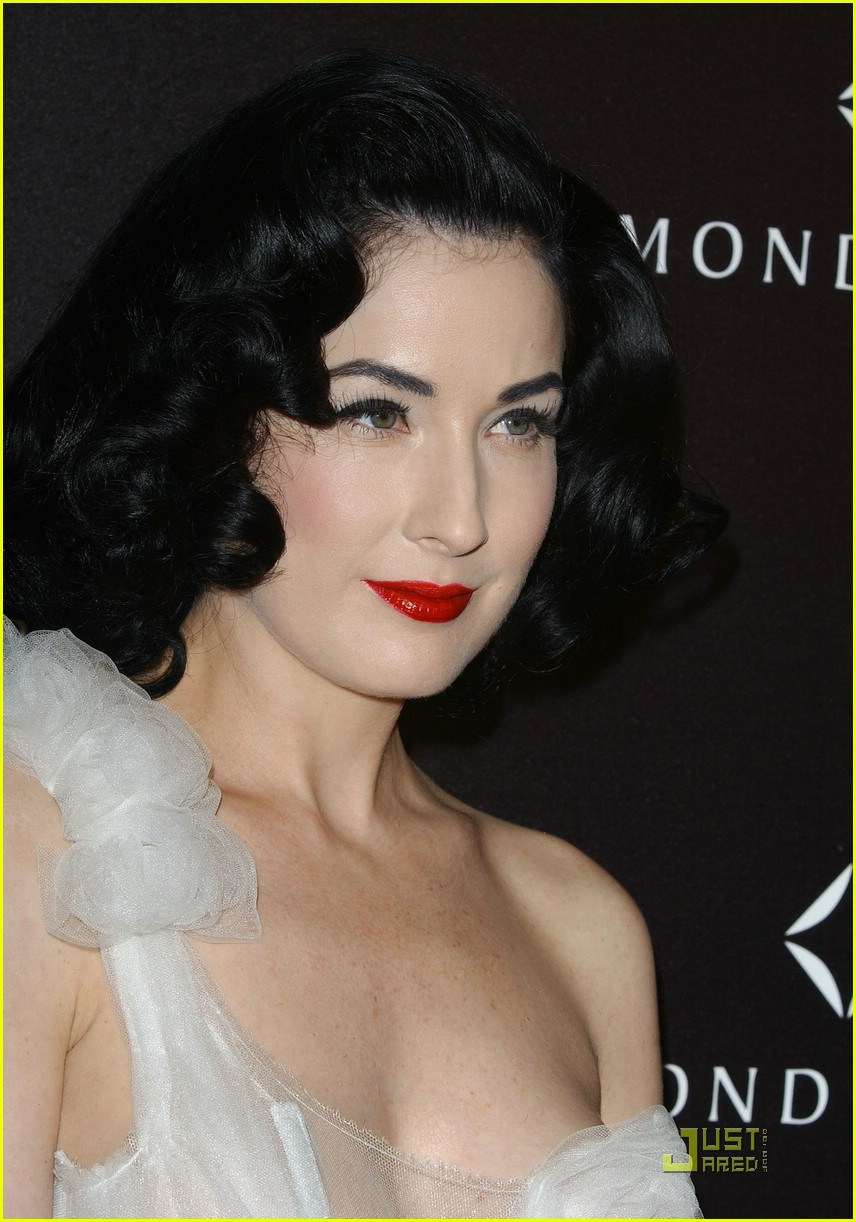 dita von teese diamond dinner 08949191