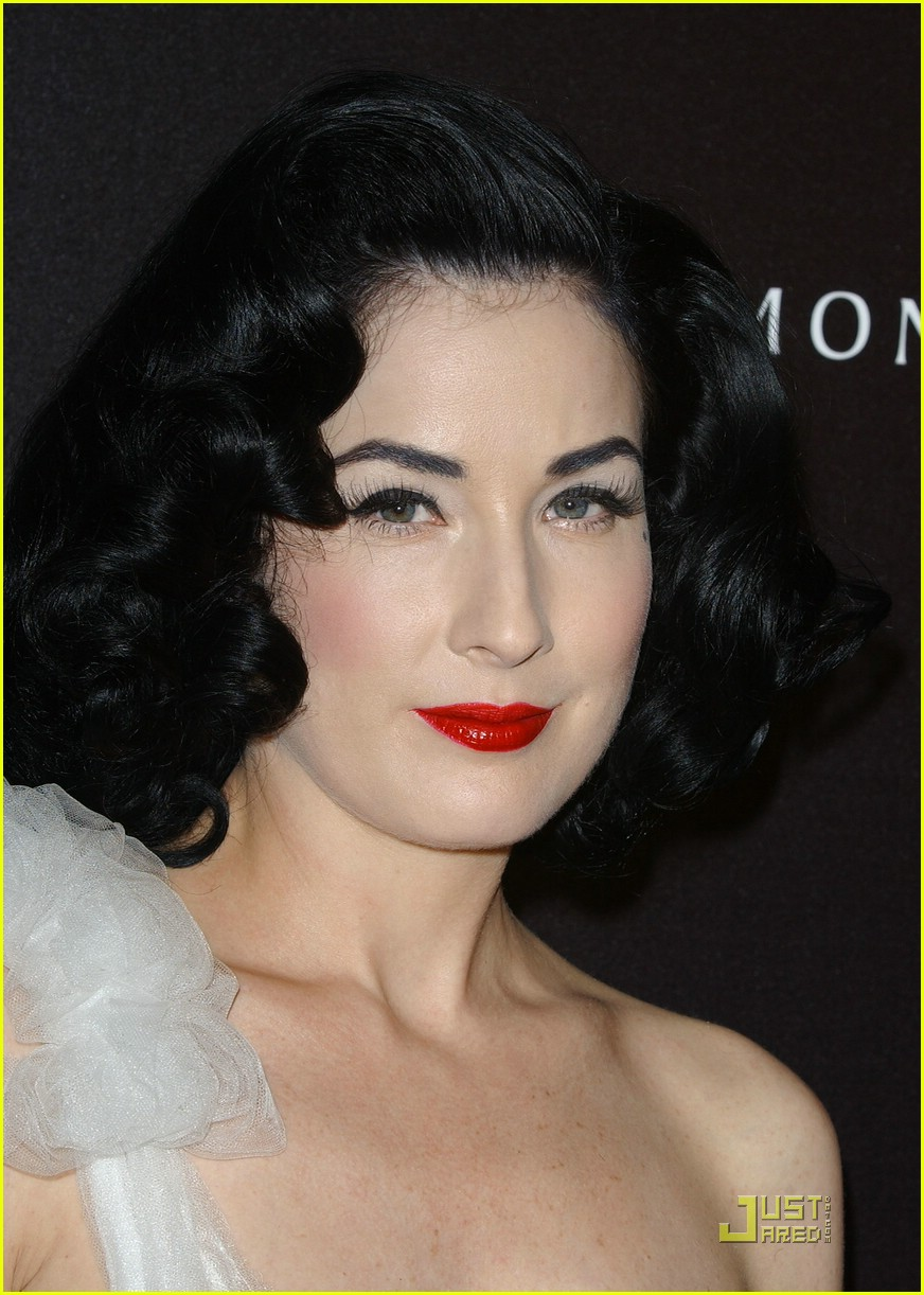 dita von teese diamond dinner 15949261
