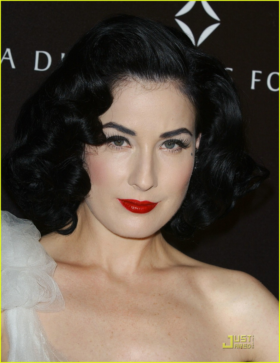 dita von teese diamond dinner 16