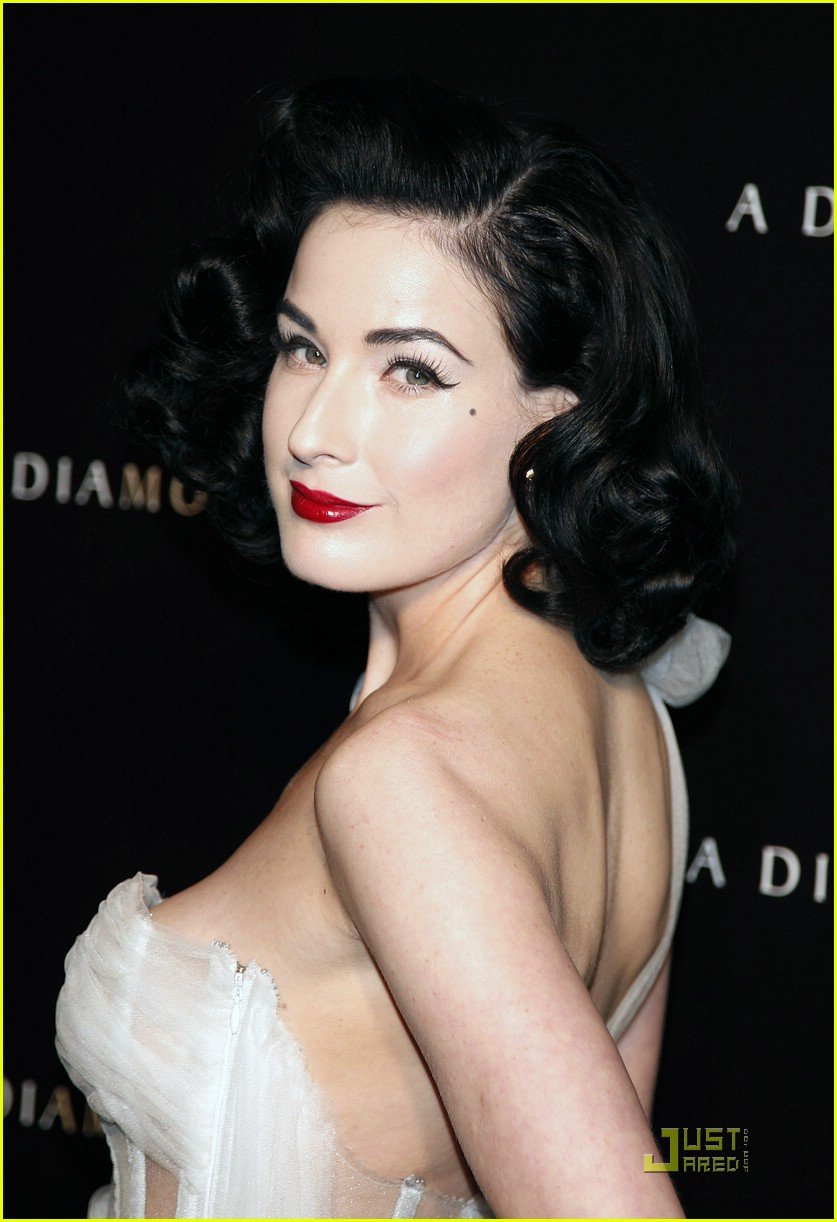 dita von teese diamond dinner 23949341
