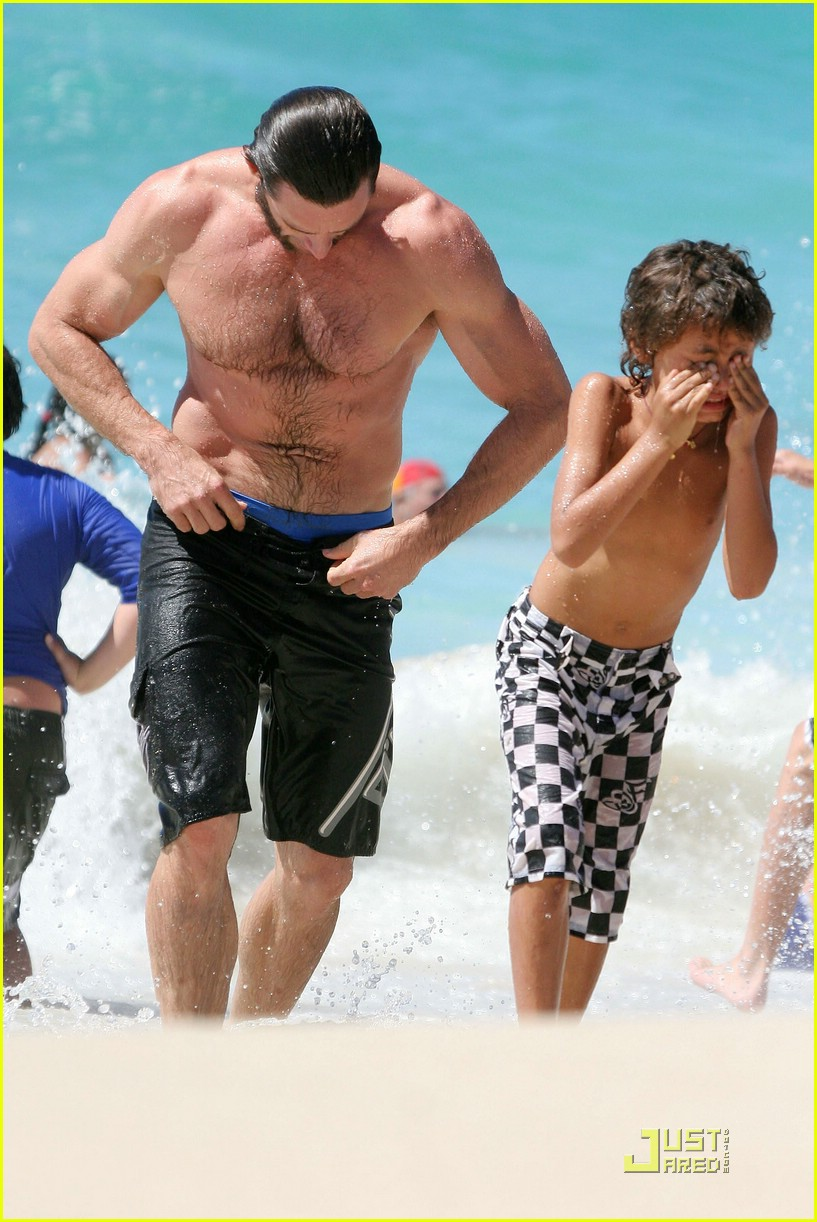 hugh jackman washboard abs 09