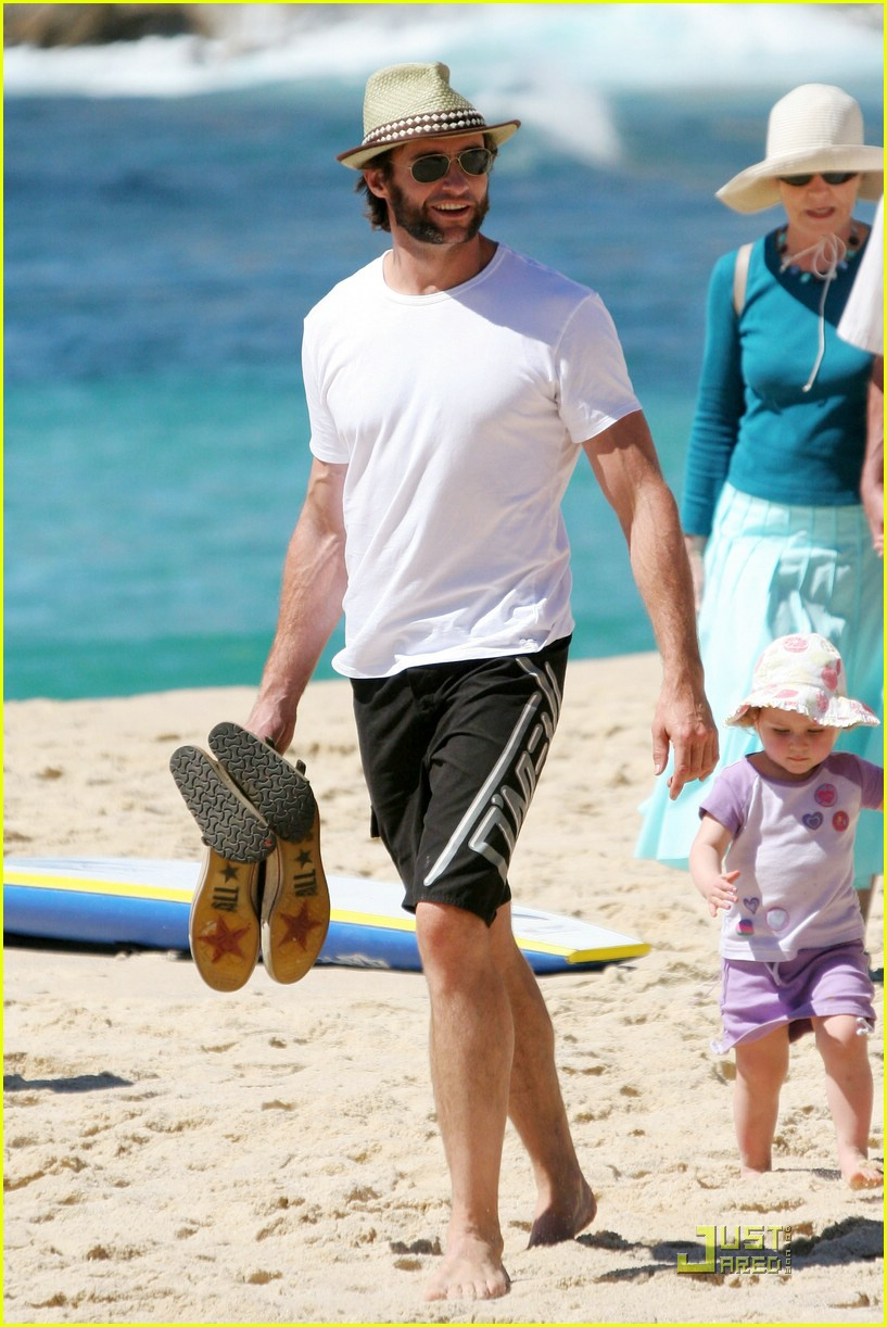 hugh jackman washboard abs 18950981