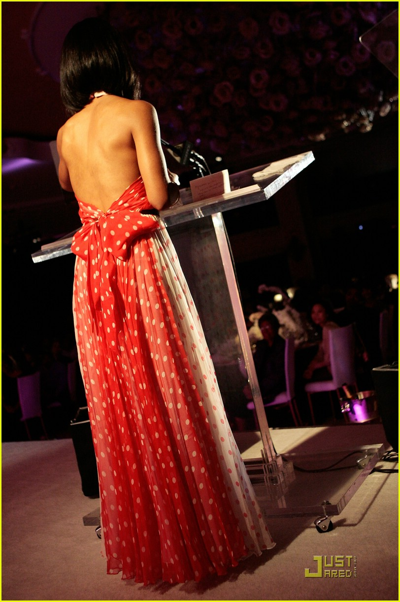 jada pinkett smith honored by essence 04947071