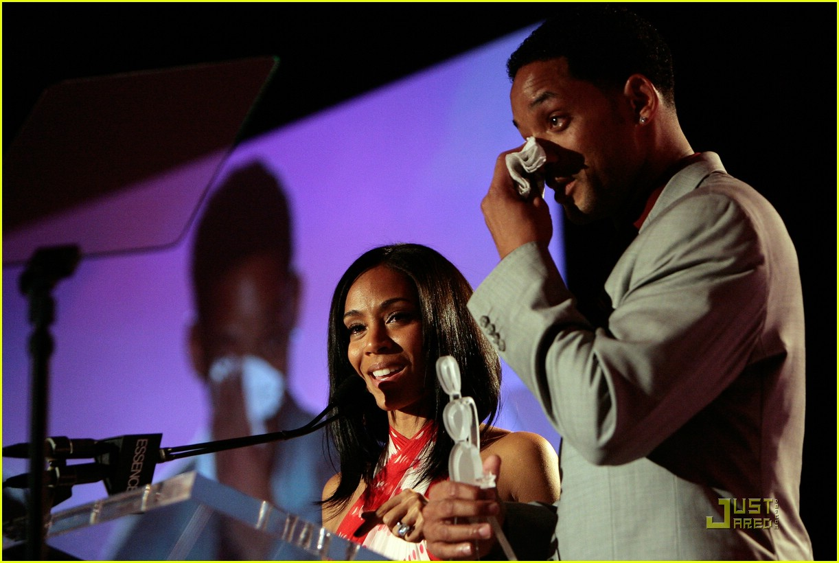 jada pinkett smith honored by essence 32947351