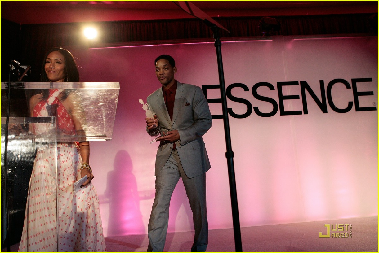 jada pinkett smith honored by essence 48947511