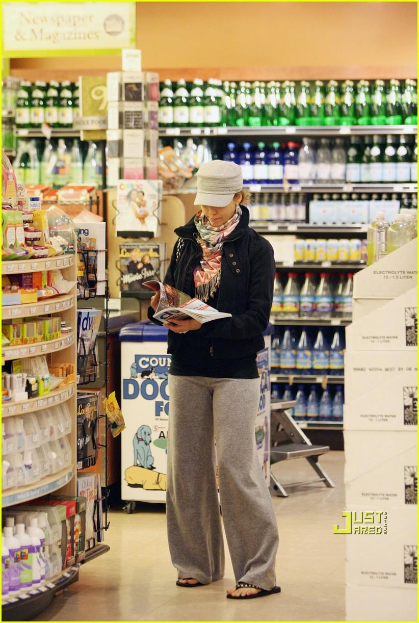 jessica alba groceries 05924181