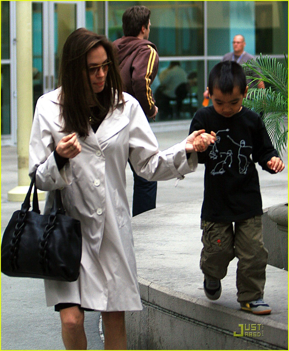 Celebrity babies: Maddox Jolie-Pitt - YouTube