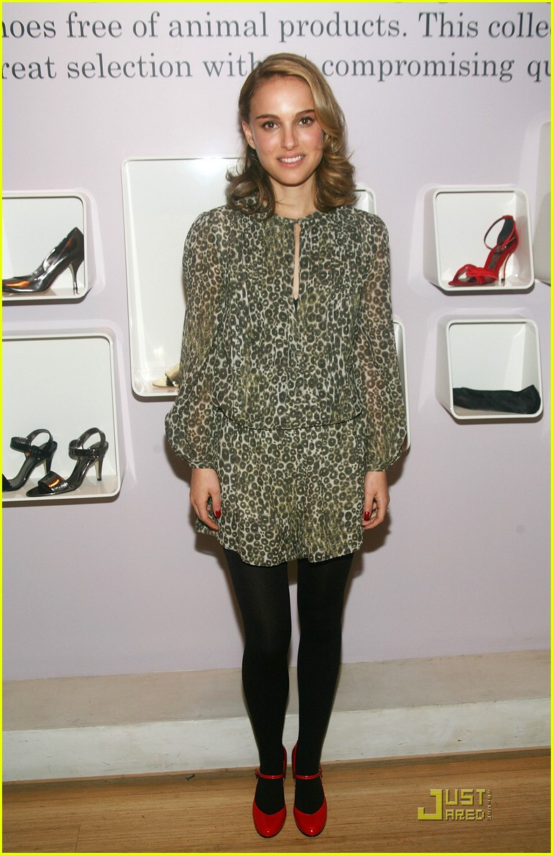 natalie portman vegan shoes 02
