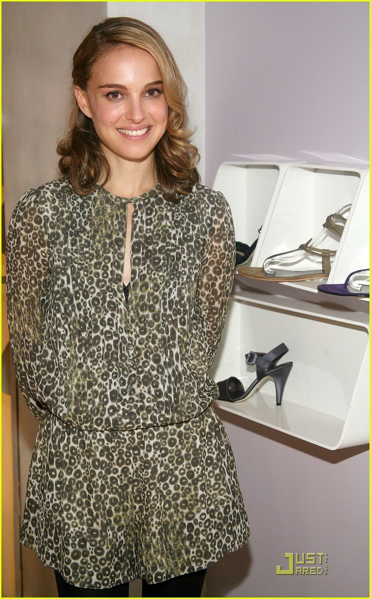 natalie portman vegan shoes 07929181