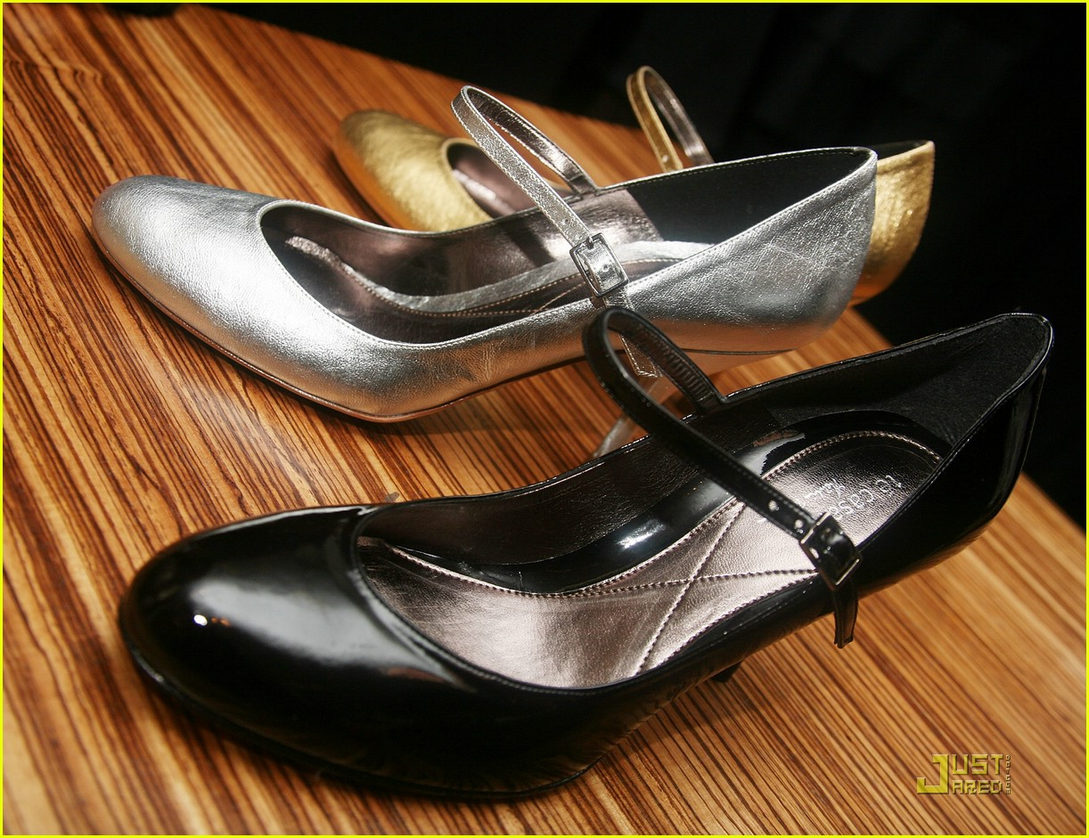 natalie portman vegan shoes 13