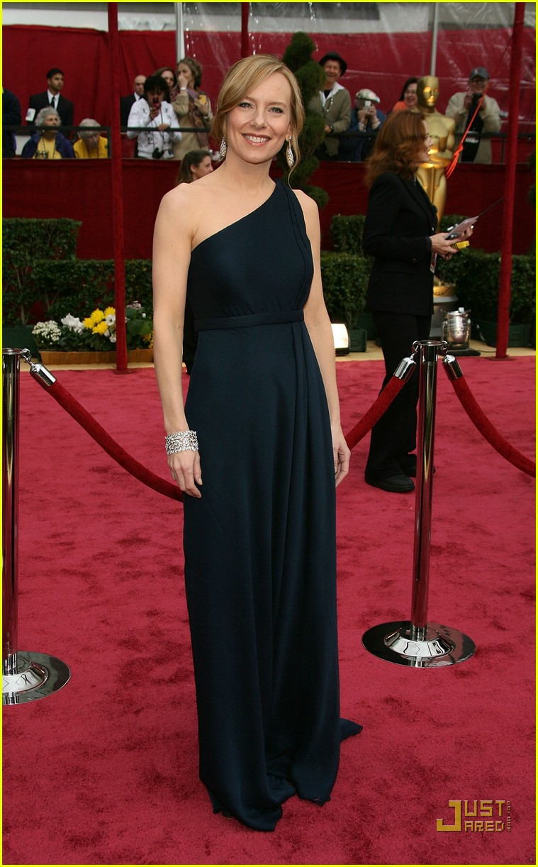 amy ryan oscars 2008 01951951