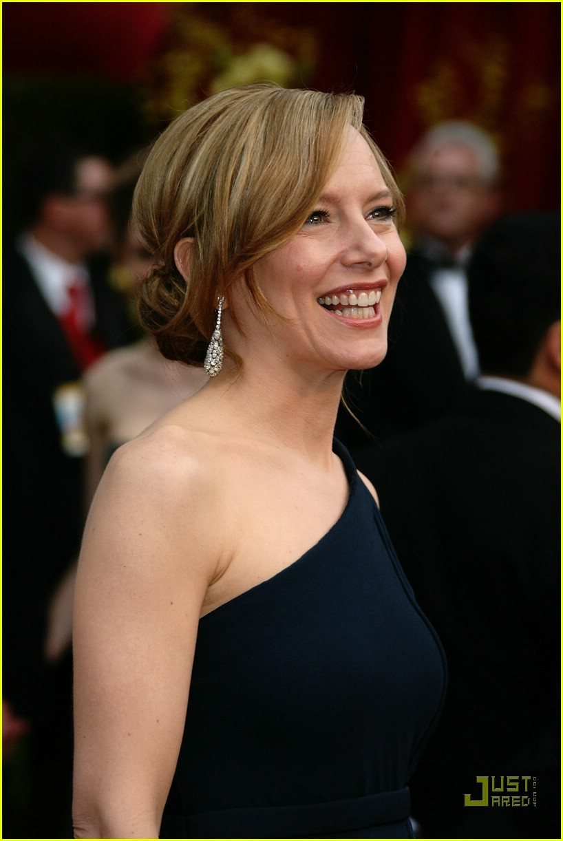 amy ryan oscars 2008 05951991