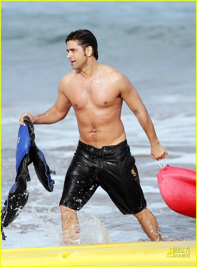 john stamos shirtless 02