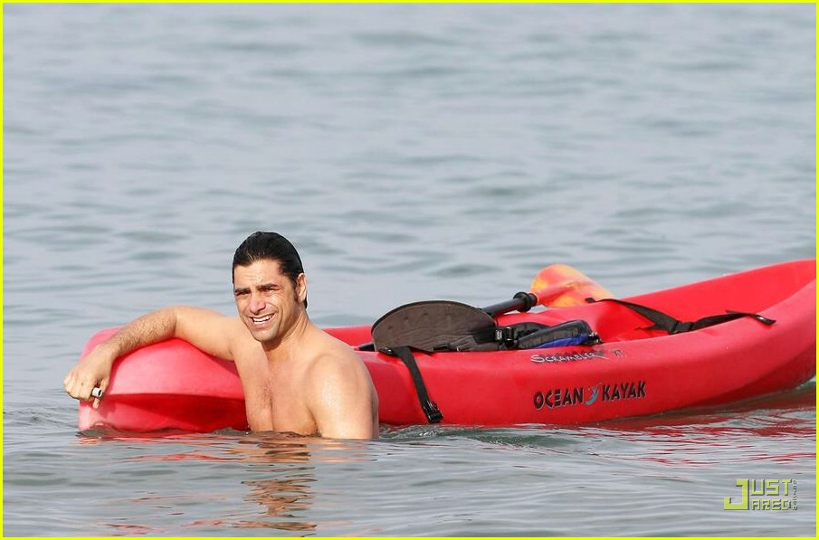 john stamos shirtless 08