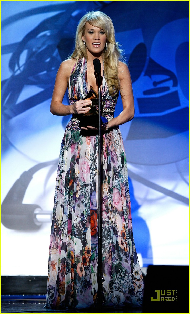 carrie underwood grammys 2008 52