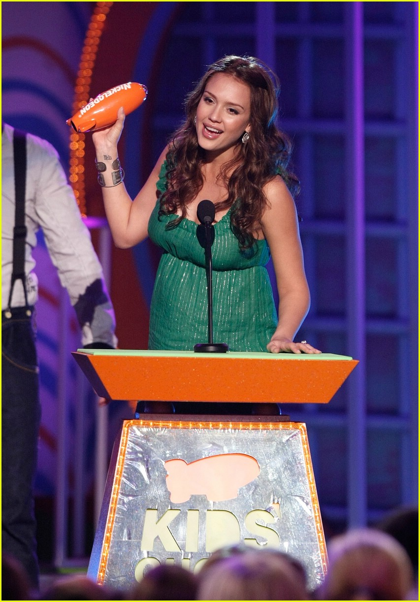 jessica alba 2008 kids choice awards 06