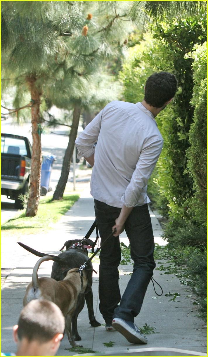 adam brody walking dogs 011023951