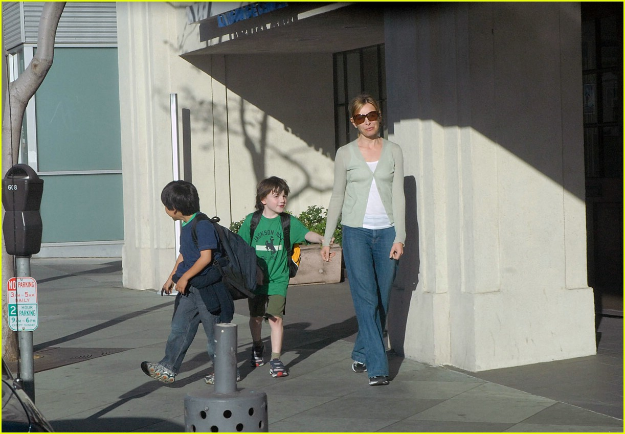 calista flockhart son liam 04