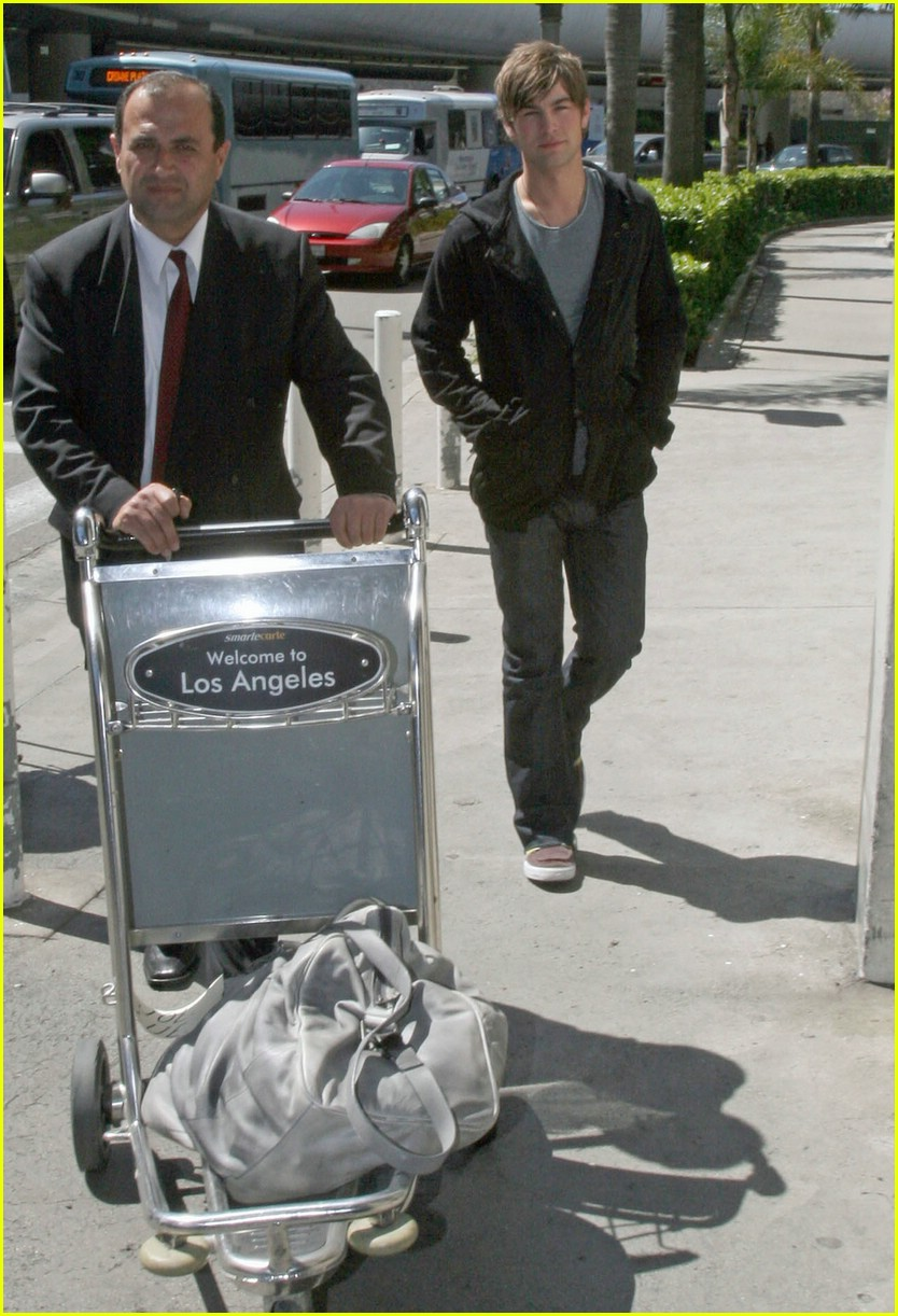 chace crawford phone 081012271