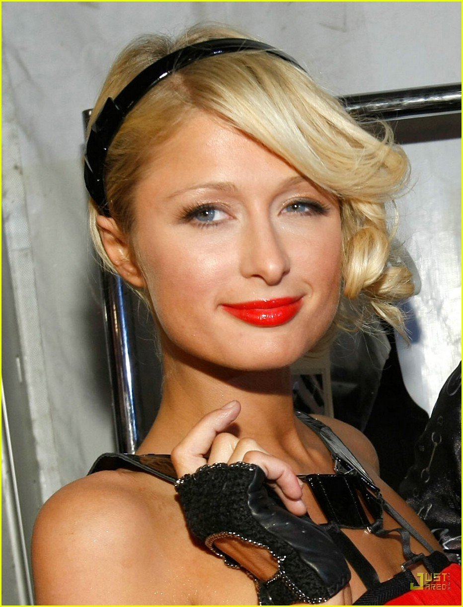 paris hilton la fashion week 2008 01986381