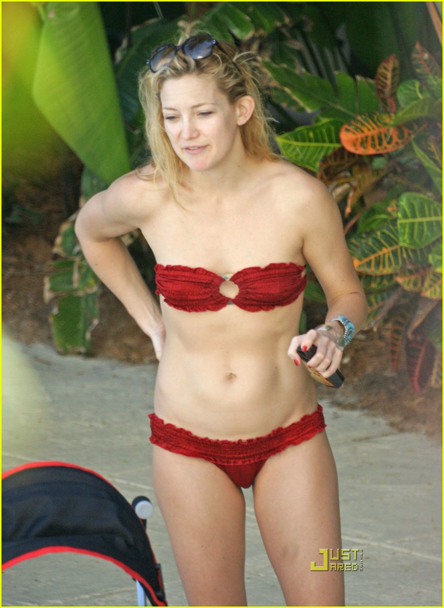 kate hudson ryder pool 07