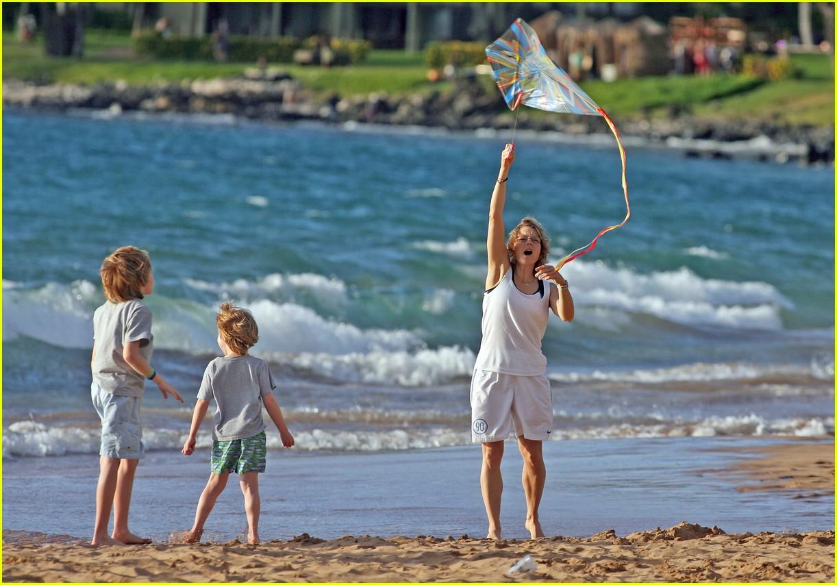 jodie foster kite 151019561