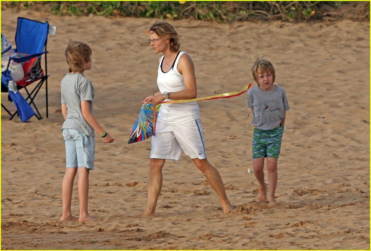 jodie foster kite 301019711