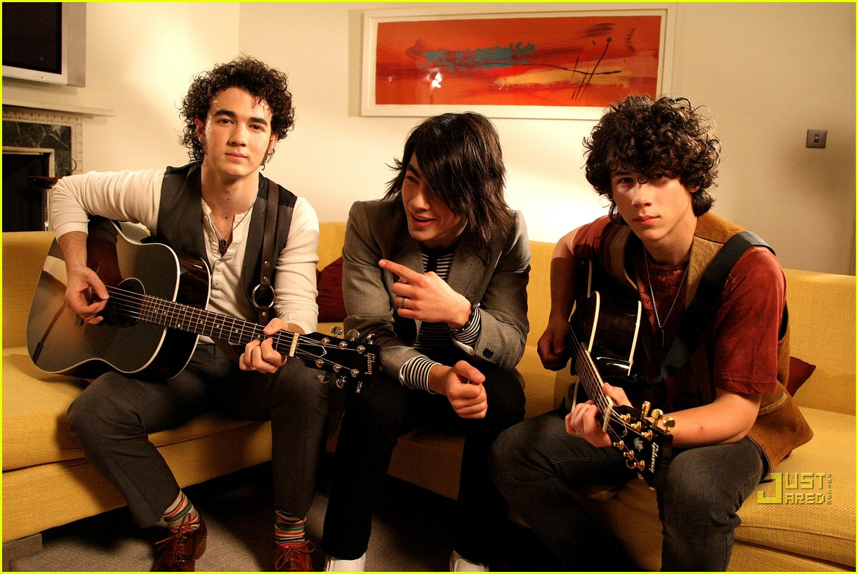 jonas brothers private jet 30983071