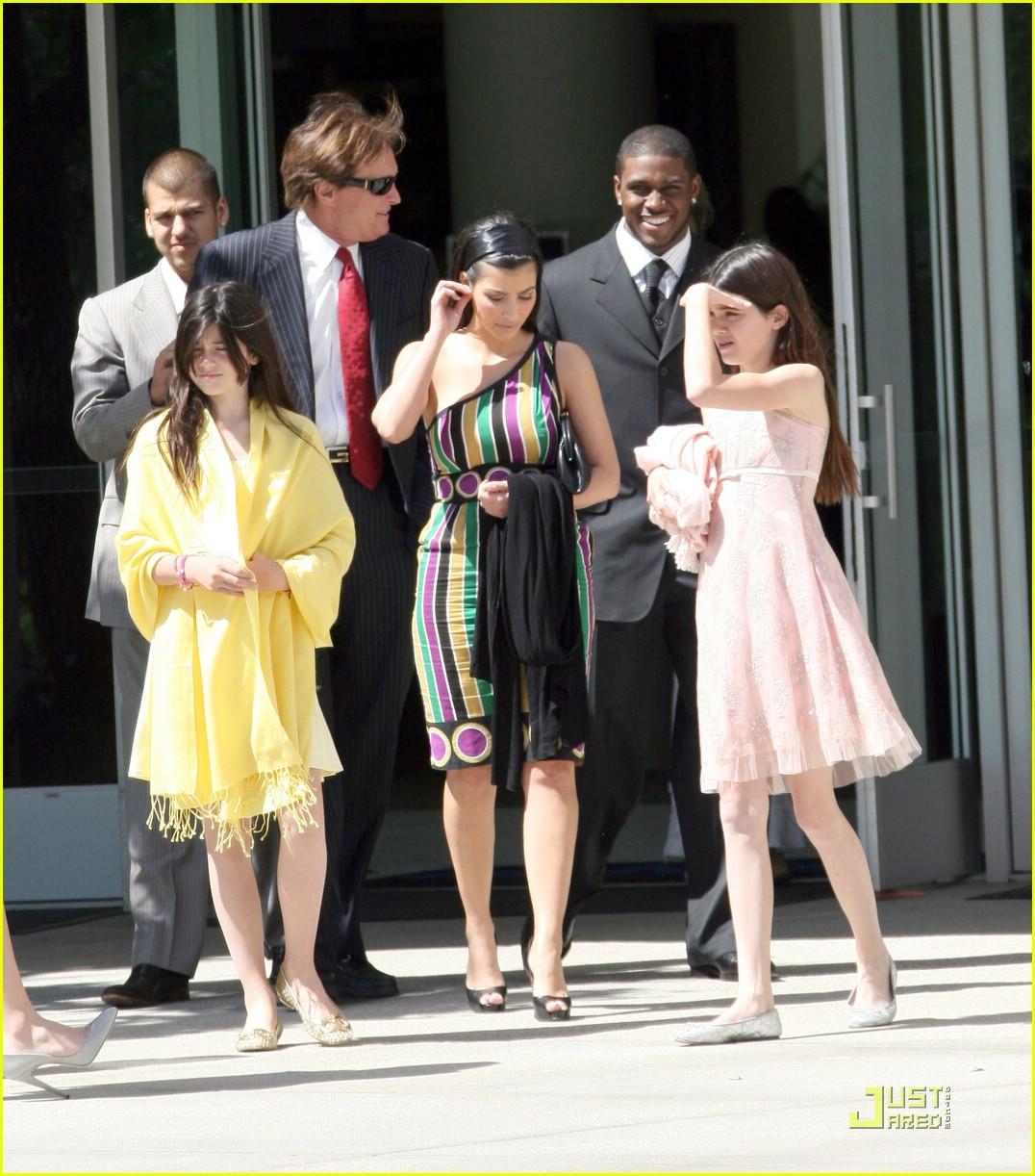 kim kardashian easter sunday 031016811