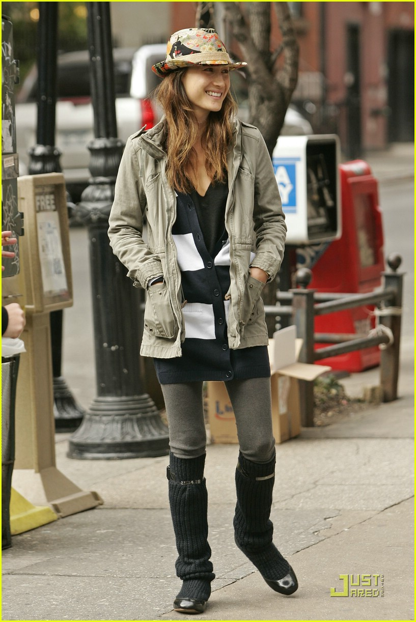 maggie q new york i love you 01