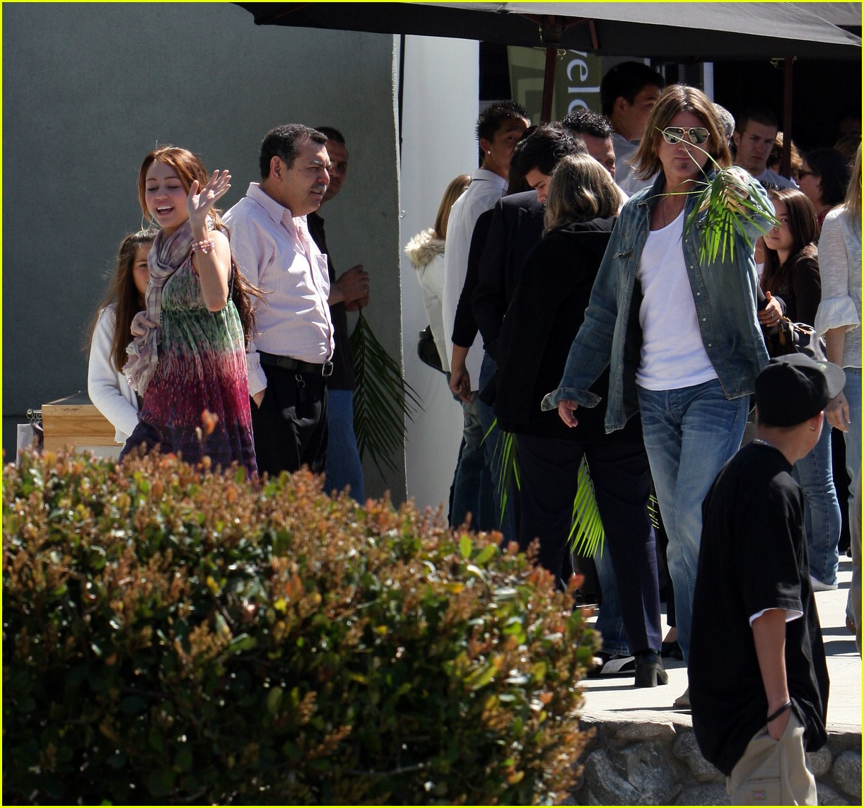 miley cyrus palm sunday 101000431
