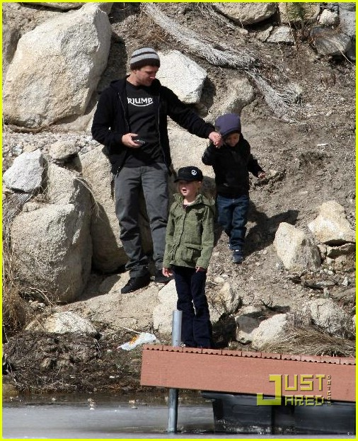 ryan phillippe deacon ava big bear 18971611