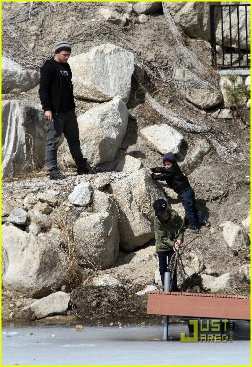 ryan phillippe deacon ava big bear 34971771
