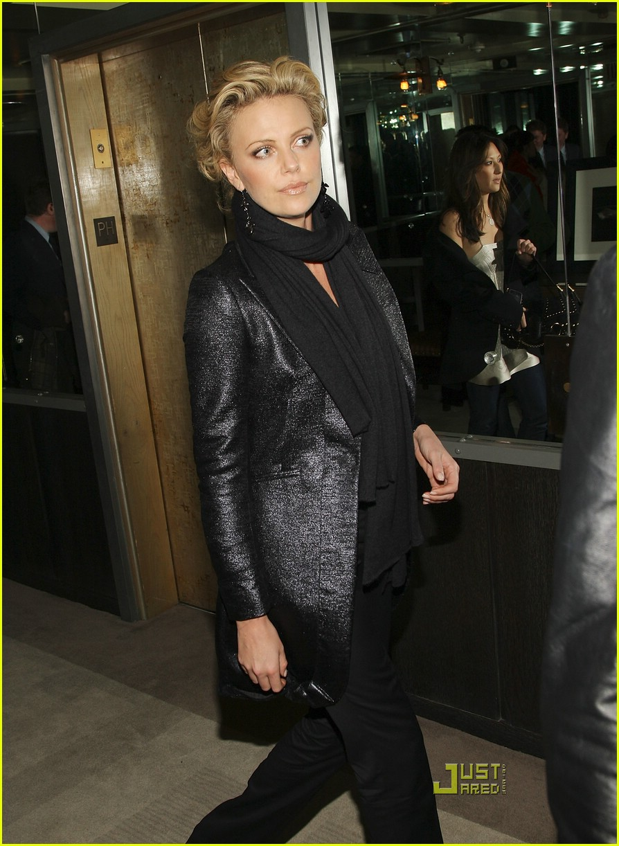 charlize theron sleepwalking premiere new york 22988311