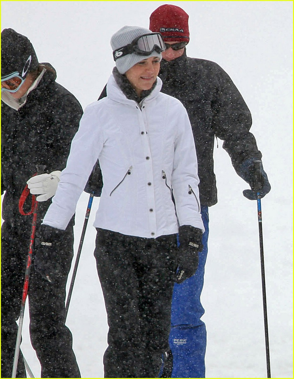 prince william kate middleton skiing 041001181