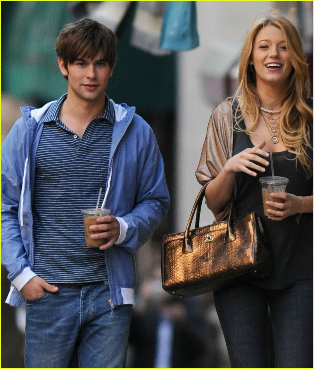 chace crawford blake lively crying 01