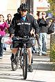 russell crowe bike 02