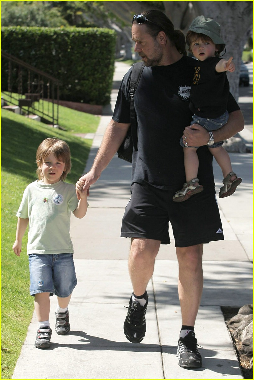 Russell Crowe and Kids