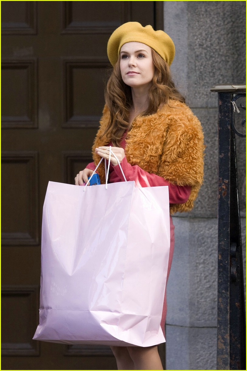 isla fisher shop too much 041068641