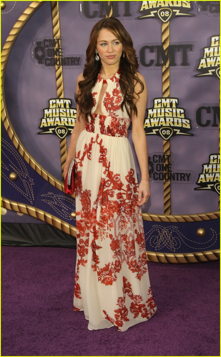 miley cyrus cmt music awards 2008 07